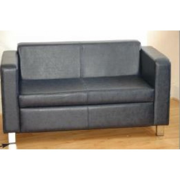 Supporting image for Cheltenham Armchair Leather - 2 Seater
